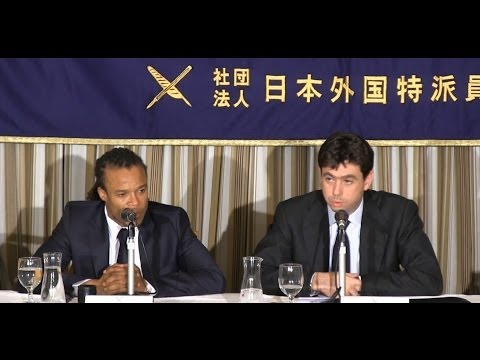 """Andrea Agnelli & Edgar Davids: """"Italian Football and the Globalization of its Brand """""""
