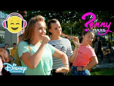 Penny på MARS  Musik: You Rock the Roll 🎼- Disney Channel Sverige