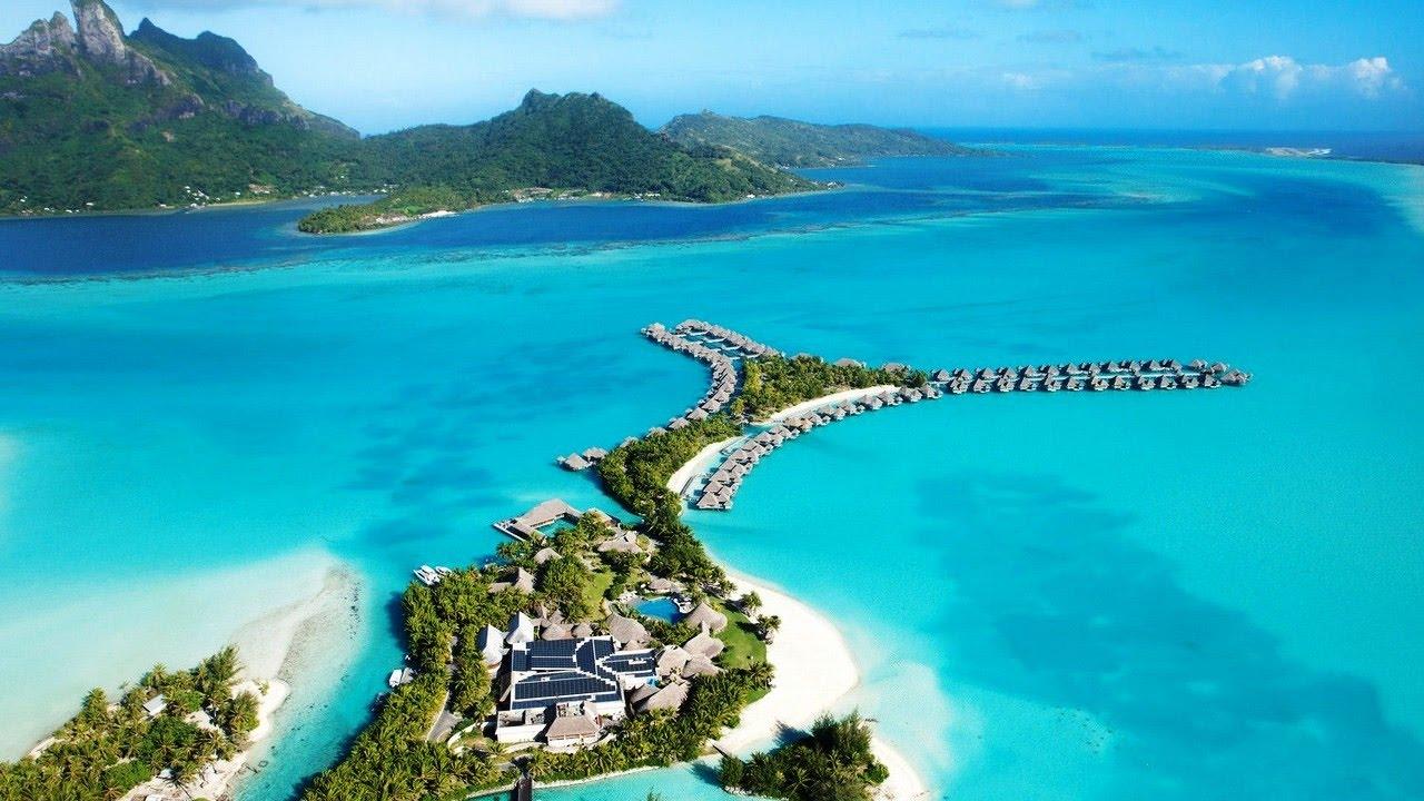 The St Regis Bora Bora Resort, Bora Bora, French Polynesia ...