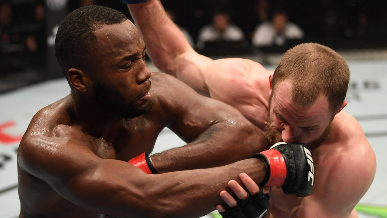 Leon Edwards busts up the chin of Gunnar Nelson with his patented elbow out the clinch | Edwards vs Nelson