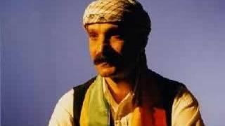 Hozan Siyar - Lawik [Live] Resimi