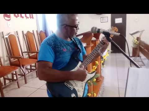 Carlinhos Santa Cruz Baterista       e   Gerson de Castro Guitarrista