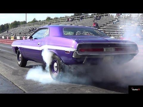 426 Hemi GTX vs 440 / 6 Pack Challenger - 1/4 Mile Drag Race & Burn Out Video - Road Test TV ®