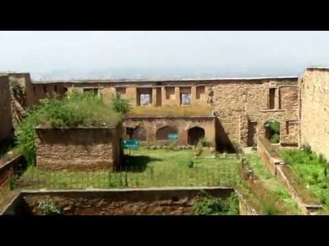 Trip to Historical Hari Parbat - Durrani Fort (Koh-E-Maraan) Srinagar *HD*