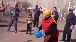 Киргиз аялдари рингда.