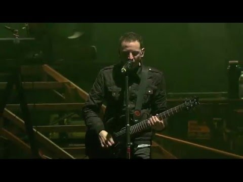 Linkin Park - Iridescent (Download Festival 2011) HD