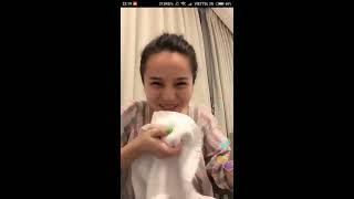 Download Video [Kênh Giải Trí]-bigo live show -  Cố tình cúi xuống lộ hàng bưởi ngon ngòn ngọt MP3 3GP MP4