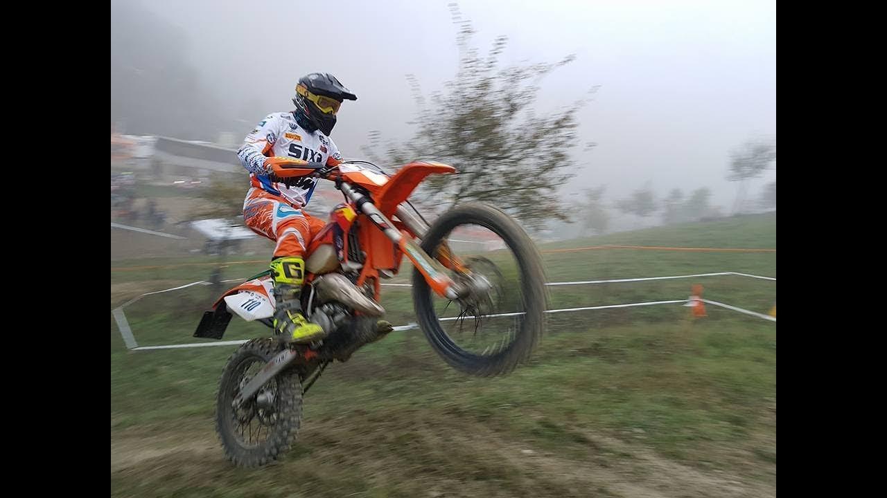 Trofeo Ktm Le Moto Da Enduro Si Sfidano Nel Cross Youtube
