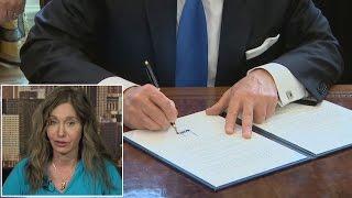 Handwriting Expert Analyzes President Donald Trump's Executive Signature