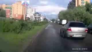 ДБИЛЬНАЯ АВАРИЯ НА ТРАССЕ!!! Погоня ДПС!  Русские горки! ЖЕСТЬ!!!(, 2013-11-26T04:43:27.000Z)