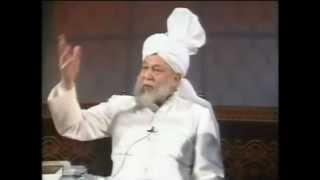 Tahir Ul Qadri VS Mirza Tahir Ahmad - Ahmadiyya Khalifa (English)