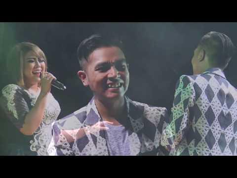 Cinta Diantara Kita   Wiwik Sagita ft  Gerry New Pallapa Laskar Singo Sawat