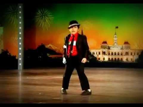 Cậu bé Việt 10 tuổi nhảy michael jackson cực đỉnh.FLV
