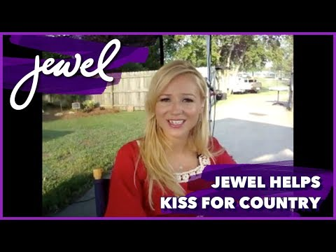 Jewel helps Kiss For Country