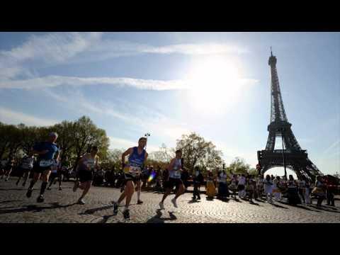 Le marathon de Paris 2011 en images