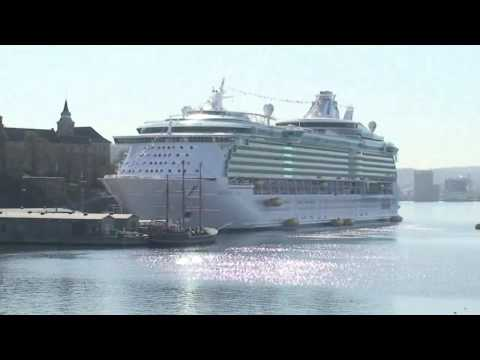 World's Largest Cruise Ship 2008 - Independence of the ...