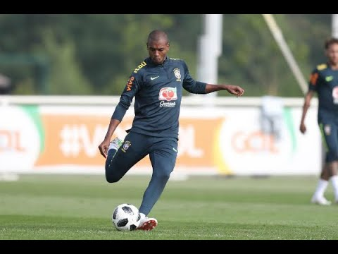 Mundial da Rússia é chance de Fernandinho realizar sonho de criança | SBT Brasil (04/06/18)