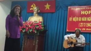 Anh Ở Đầu Sông Em Cuối Sông - Kim Hồng ( guitar Nguyễn Bân