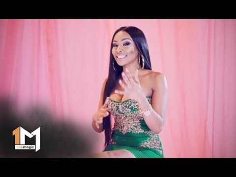 Bonang's party at Taboo – Being Bonang | 1Magic thumbnail
