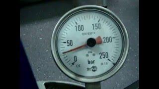 Испытание трубы Rehau на давление.(Мой сайт: http://sanser.ru/ т: 8-925-055-2710 Моя страничка в Контакте: http://vk.com/id243847180 Монтаж труб Rehau. Разводка водопровода,..., 2016-02-11T19:38:13.000Z)