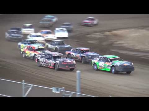 IMCA Stock Car Season Championship feature Independence Motor Speedway 8/19/17