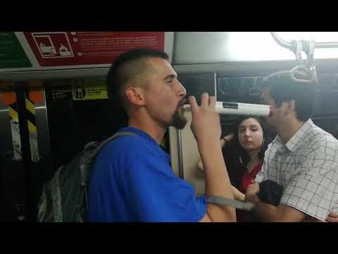 Sador - Freestyle en el metro de santiago RAP Chileno  2017
