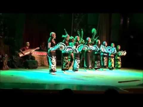 Sarawak Cultural Village Cultural Show