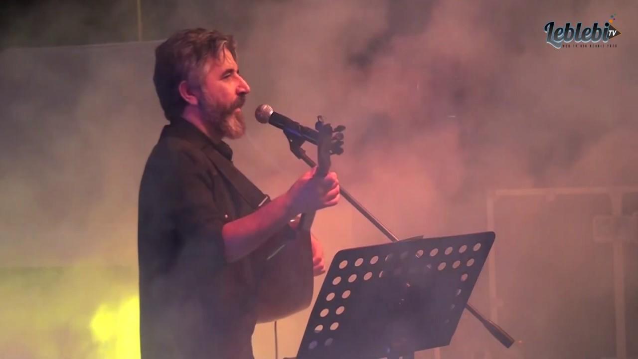 Ali Kınık - Ali Ayşeyi Seviyor (Canlı Performans)