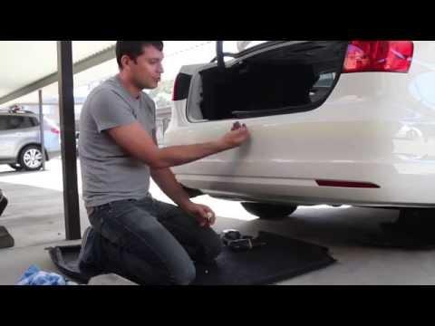 Как установить датчики парковки на автомобиль VW Jetta, Часть 1