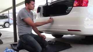 Как установить датчики парковки на автомобиль VW Jetta, Часть 1(Смотрите мои выпуски о Ауди А4, установка задней камеры и.т.д: https://www.youtube.com/playlist?list=PLRu3wQemGgcsmO92qgPnoVFaJ_OTHse3y ..., 2015-02-12T17:39:09.000Z)