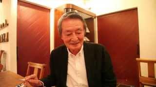俳優の山﨑努さん。 Coyote No.27にて、連載「最初の一歩」にエッセイを...