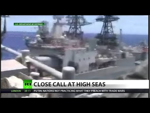 Watch Russian & US ships' near-crash