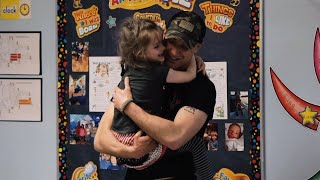 sweet-moment-military-dad-surprises-5-year-old-daughter-at-school