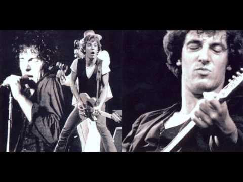 Bruce Springsteen - Backstreets 1977 - 03/25 Boston