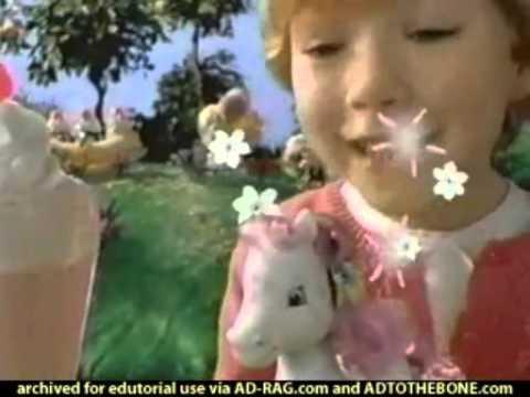 Strawberry Shortcake Ice Cream IslandTalk n Giggle Doll commercial 2004