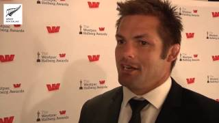 Richie McCaw wins the Sport New Zealand Leadership Award at the 51st Westpac Halberg Awards