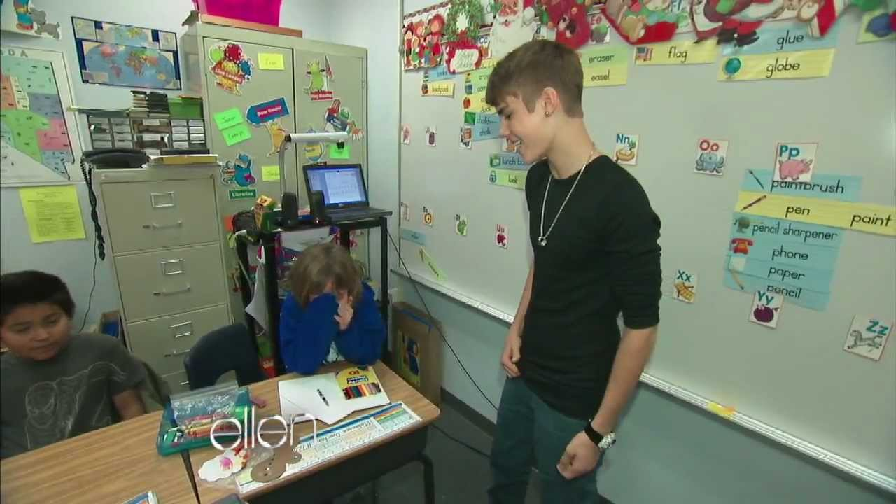 Justin Bieber Surprises A Classroom Youtube