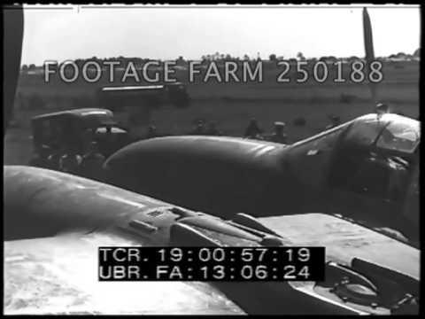 Australia: USAAF P-38s Arrive & Assembled 250188-08 | Footage Farm