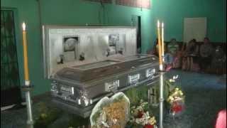 Vela y entierro Etelinda Reyes vda de Castro