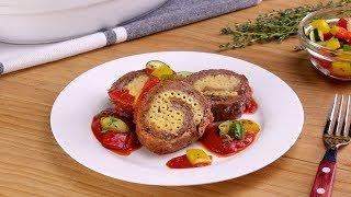 видео Праздничный мясной рулет с макаронами и сыром