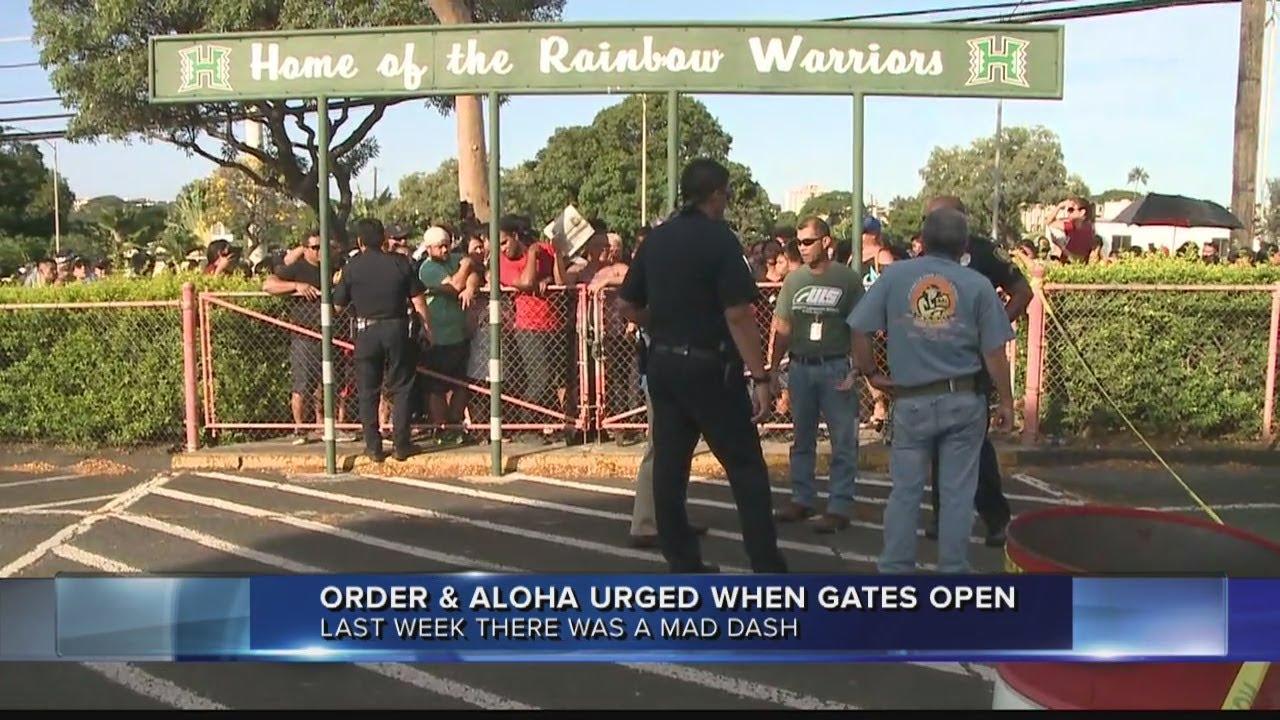 Bruno Mars Fans At Aloha Stadium - Imagez co