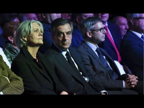 فرنسا: بدء محاكمة رئيس الوزراء السابق فرانسوا فيون وزوجته في قضية وظائف وهمية  - نشر قبل 45 دقيقة