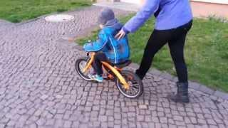 BMW Kidsbike 2013(, 2014-03-15T17:18:18.000Z)