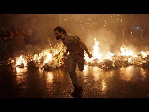 Brazil: ClashesbreakoutduringRioteacherprotest - no comment