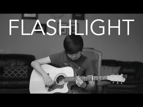 Flashlight - Jessie J (fingerstyle guitar cover by Harry Cho)