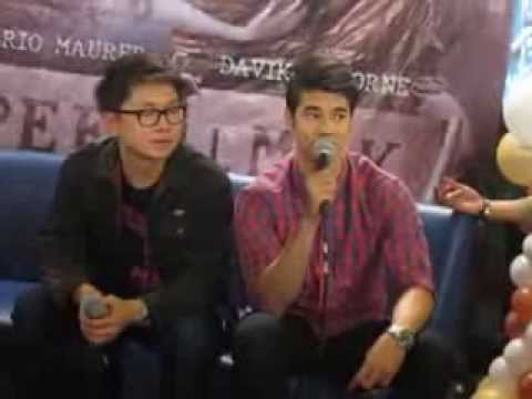 Mario Maurer - Bloggers Q&A - Pee Mak Advance Screening Travel Video