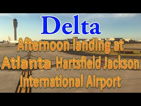 Delta flight landing at Hartsfield-Jackson Atlanta International Airport (ATL)