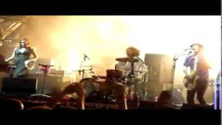 The Dandy Warhols - We Used To Be Friends (Live At Parklife Adelaide 2010)