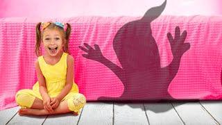 El monstruo se esconde debajo de mi cama. Canción Infantil de Maya y Mary