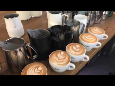 Barista Tutorial Live Part 4: Latte art with different kind of pitchers